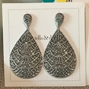 Stella & Dot Thea lace chandeliers